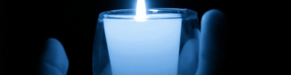 blue_candle_hand